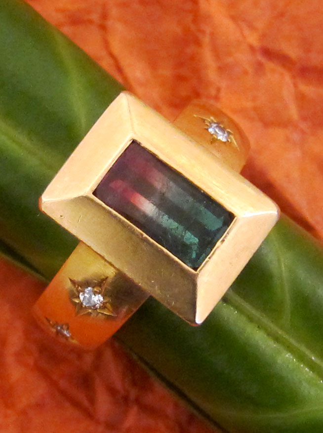 Solid gold ring with watermelon tourmalin & diamonds made by SÉVIGNÉ