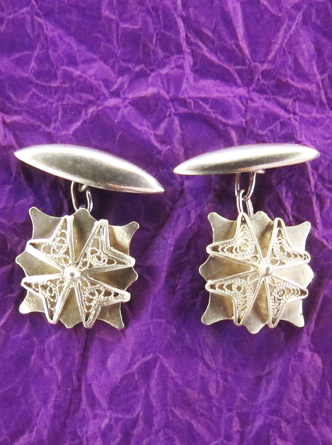 Cufflinks in silver with a Maltese cross