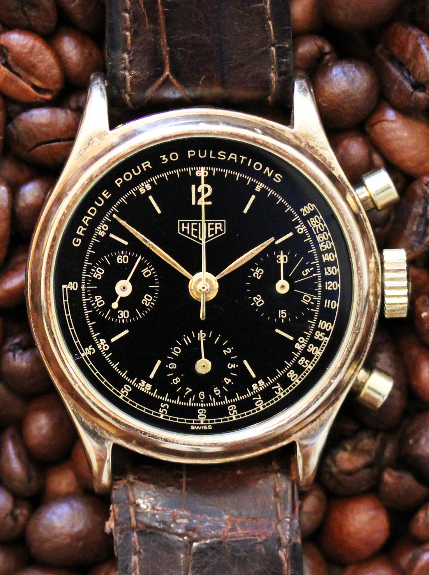 Heuer Chronograph in gold