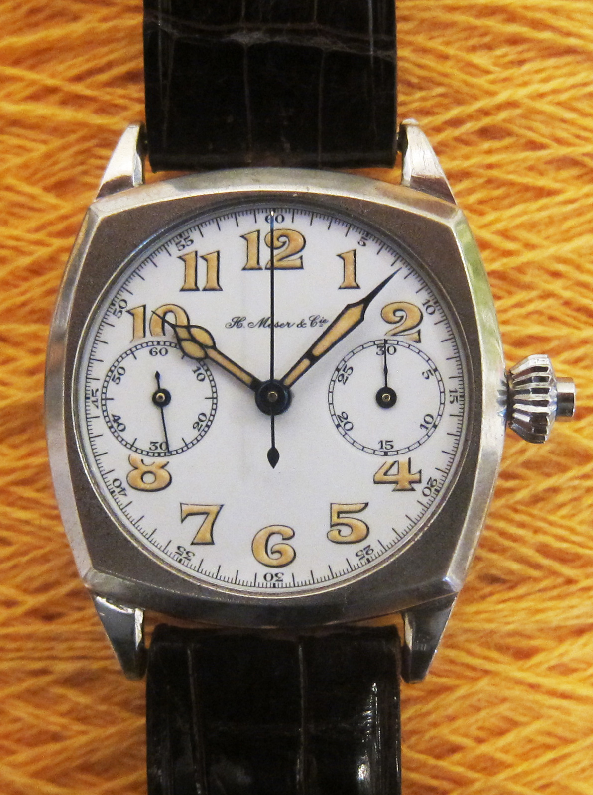 Rare Moser one-button-chronograph with enamel dial