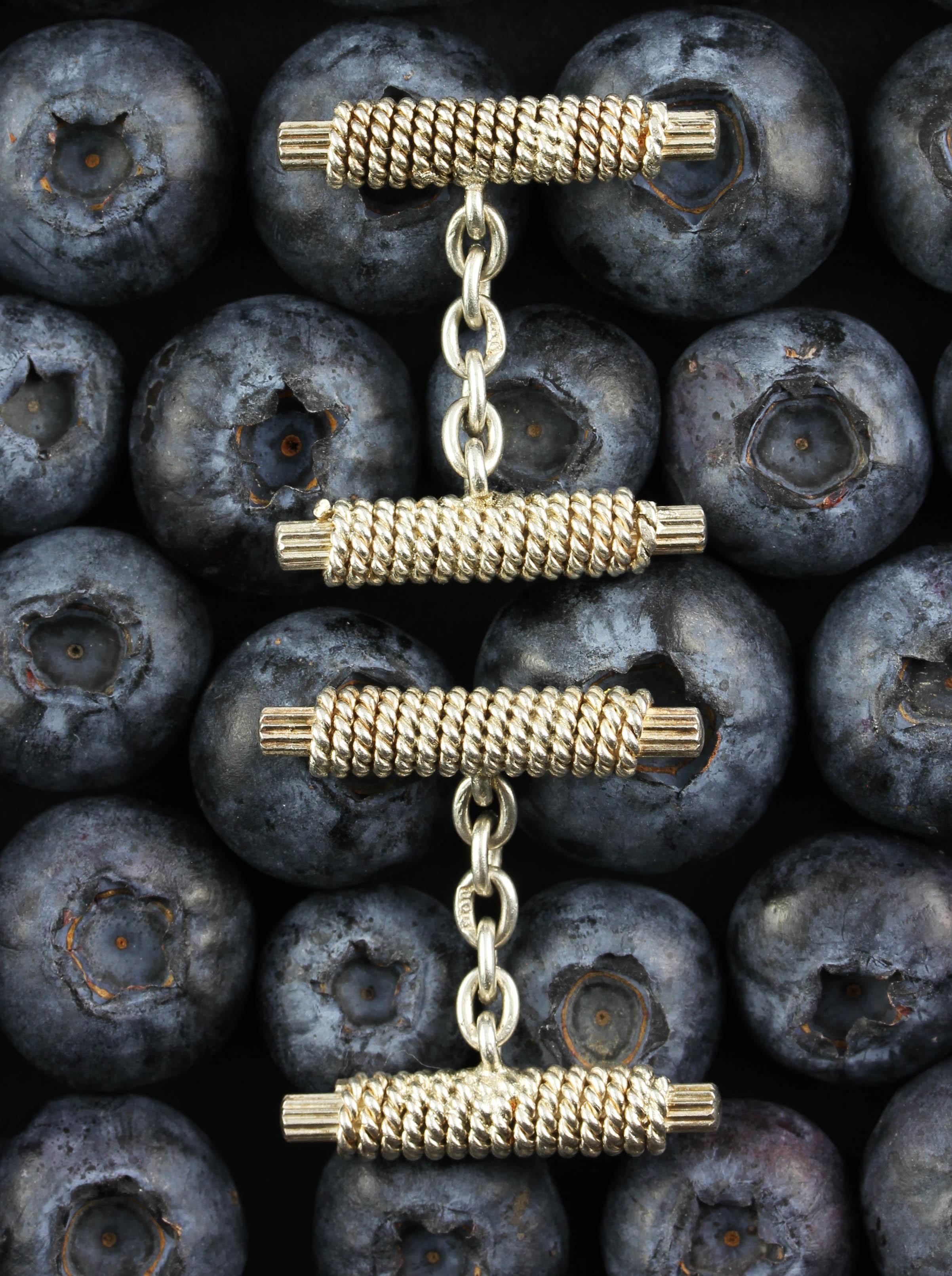 Double bar chain linked cufflinks