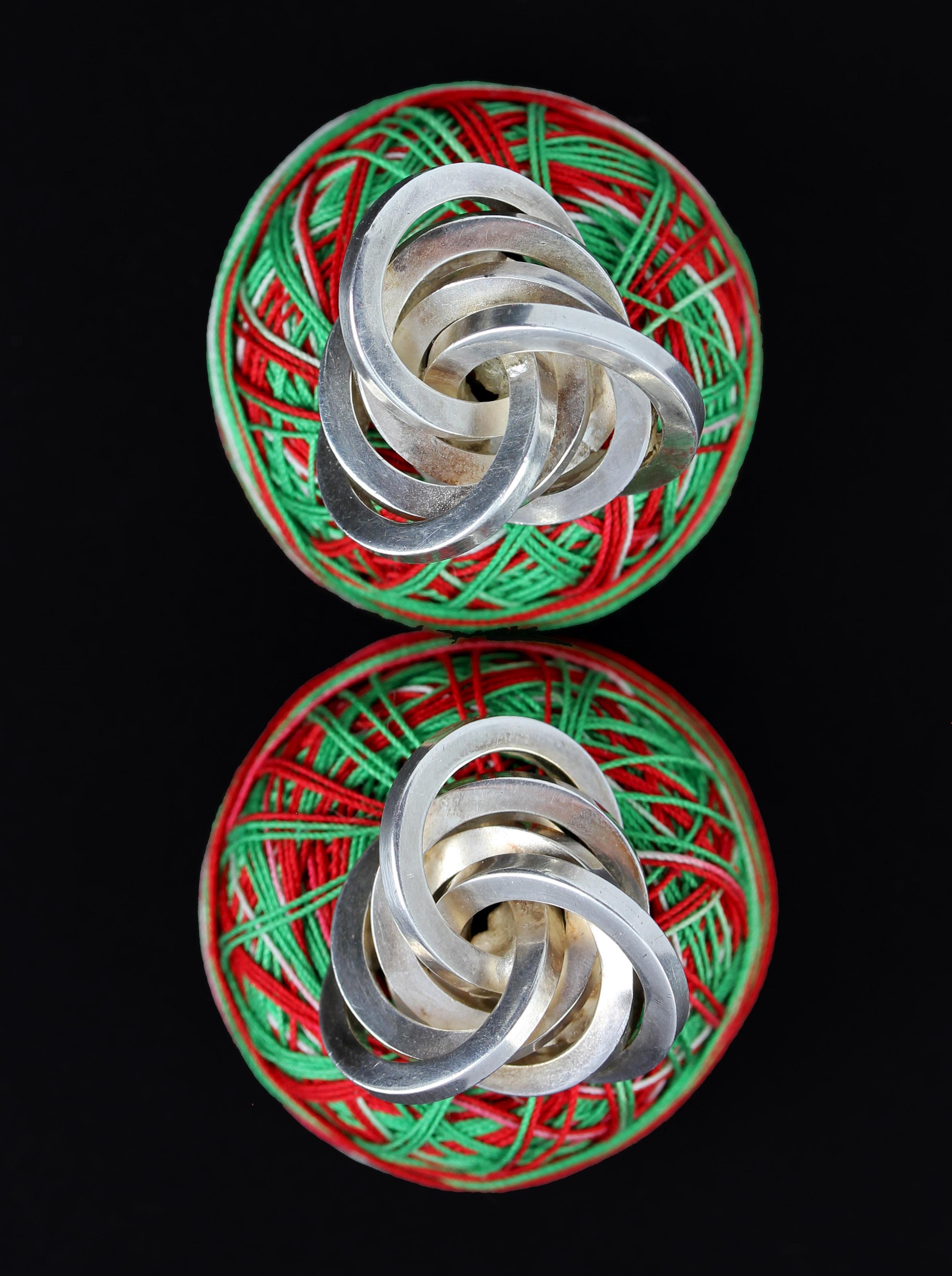 Big knot cufflinks