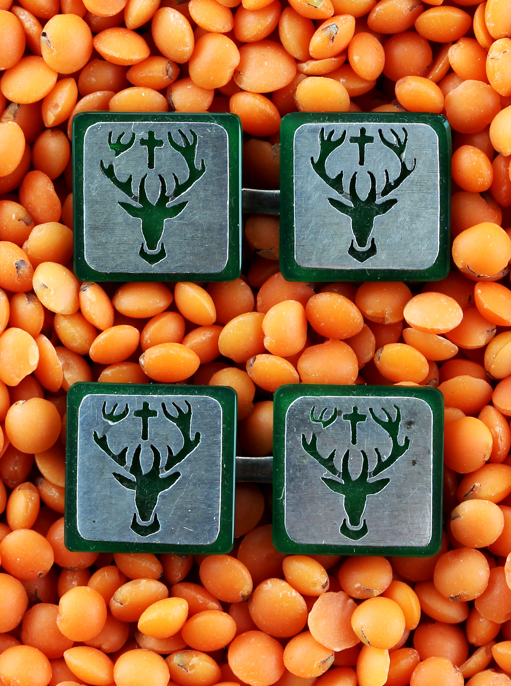 Pair of hunting cufflinks by Victor Mayer