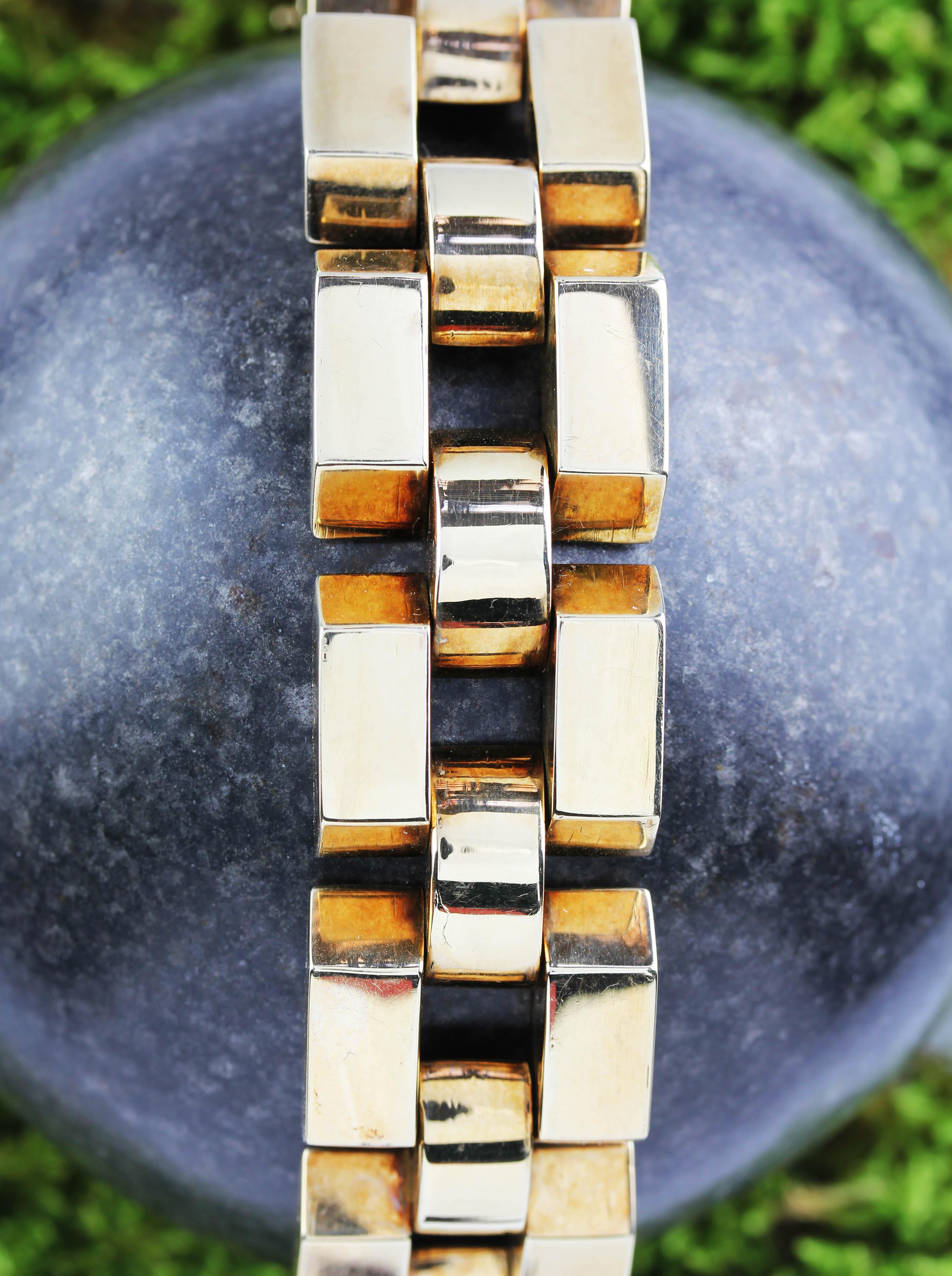Elegant pink gold bracelet