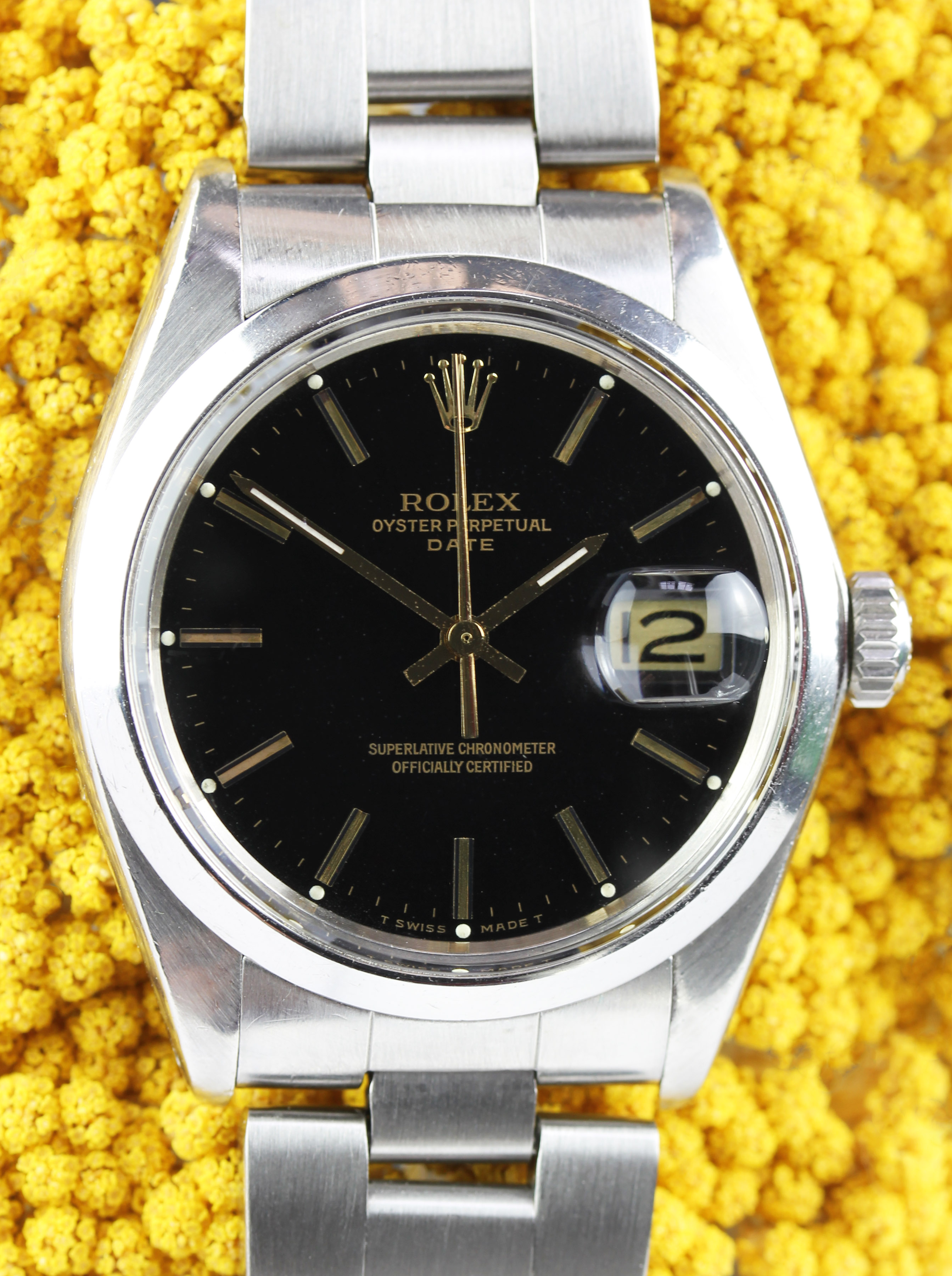 Extremely rare ROLEX Date from 1976 with an original black dial