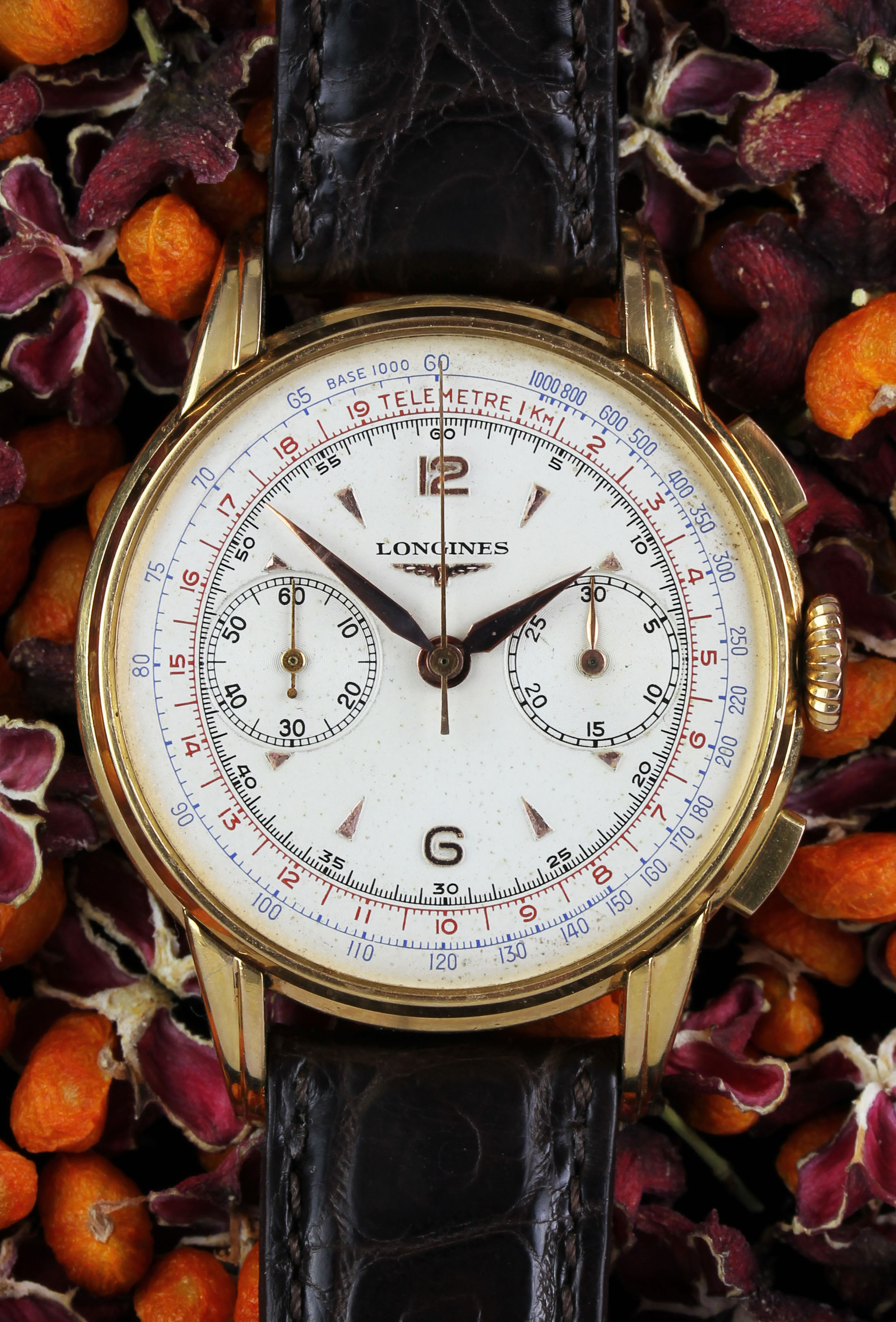 Fine Longines chronograph in rose gold