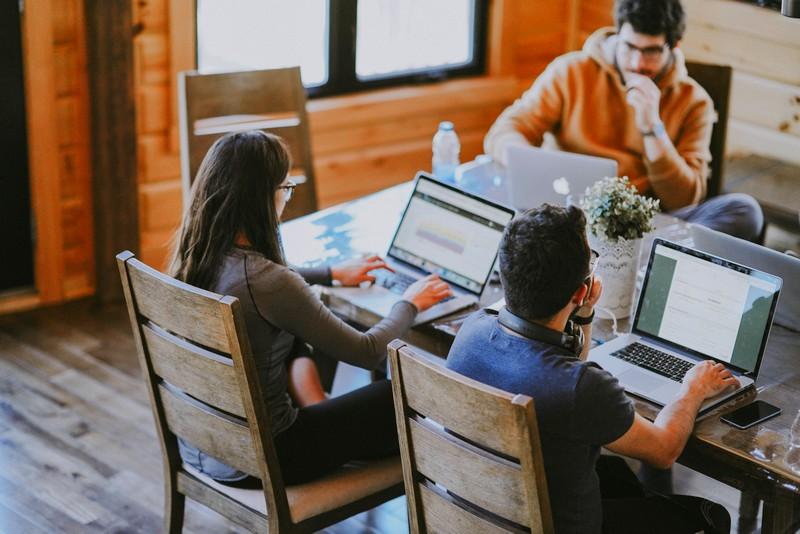 os jovens e as startups