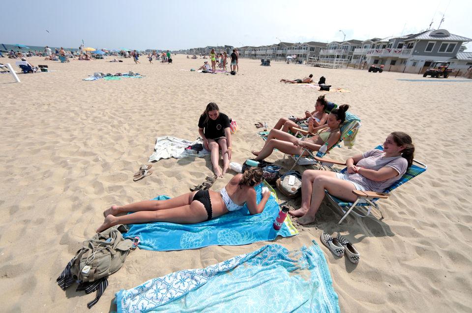 The beach sand study
