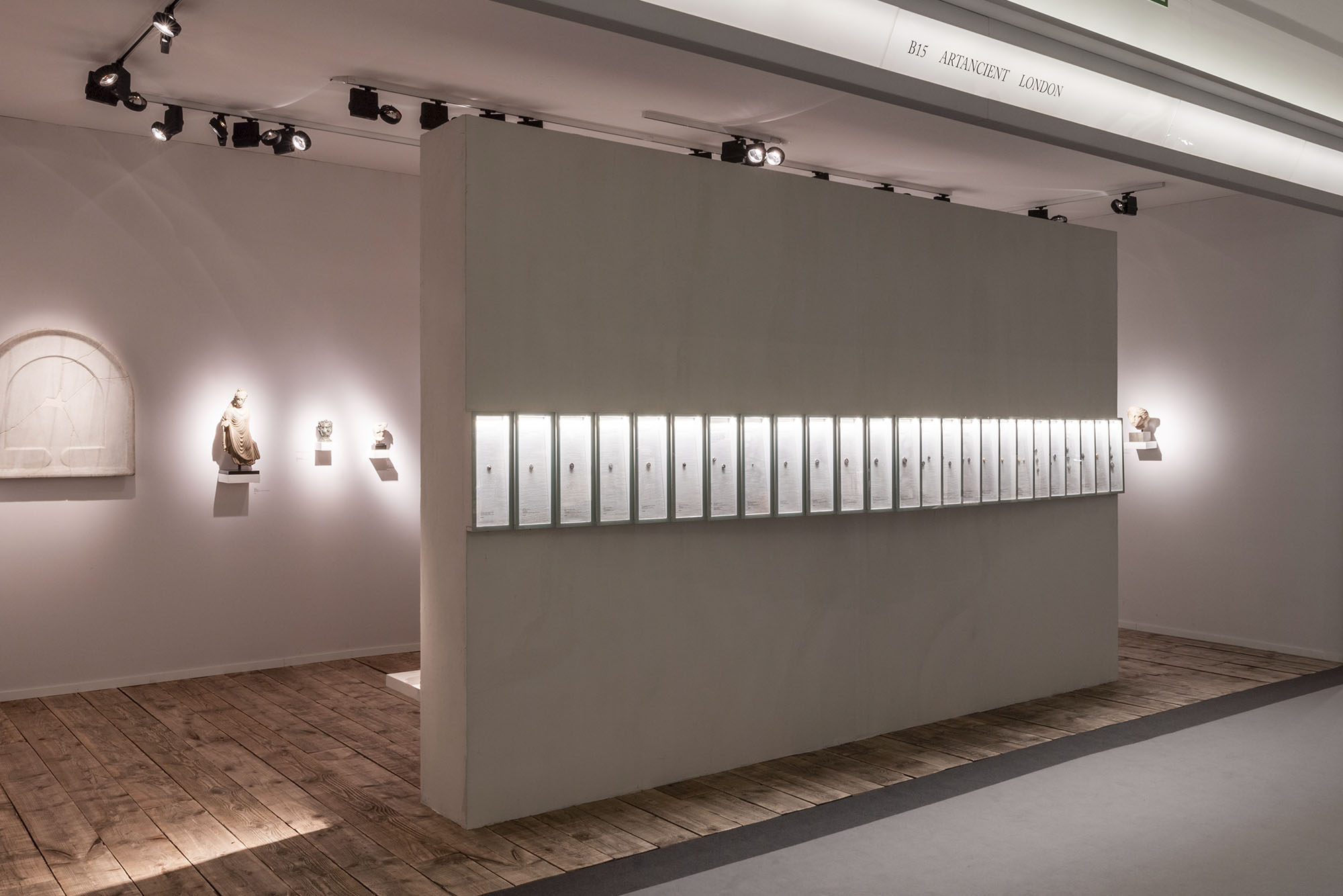 Wide angle photograph of White Crow Project's design for ArtAncient's exhibition, Nomisma, at Masterpiece London 2019