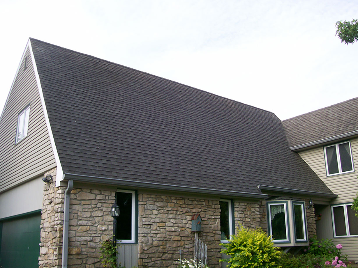 Roof in Indianapolis after clean