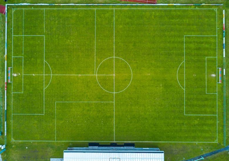 Футбольное поле на матч Ювентус Локомотив