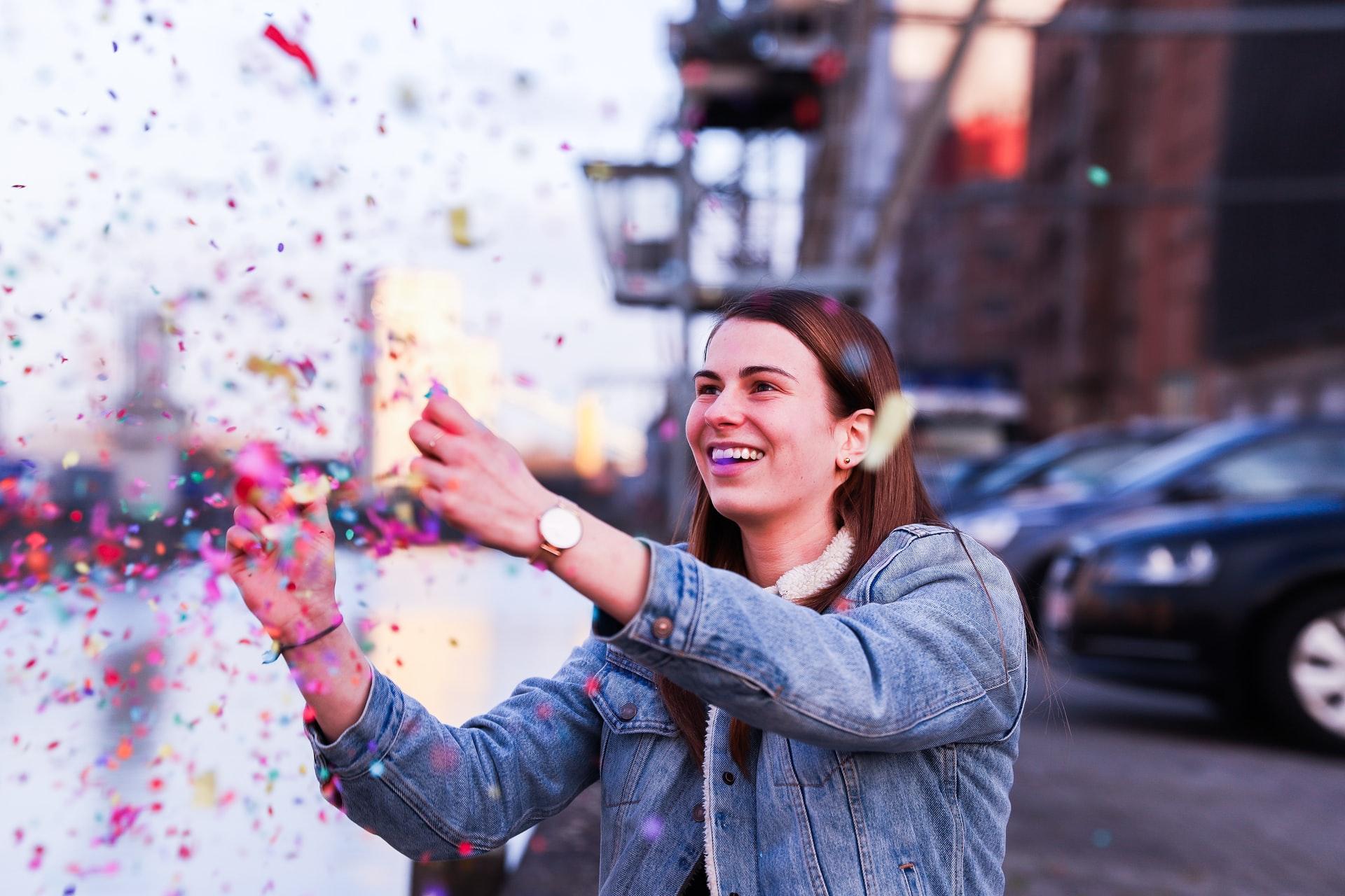 Ingin Selenggarakan Company Anniversary Secara Online? Bisa Kok, Berikut 5 Tips yang Perlu Dipersiapkan