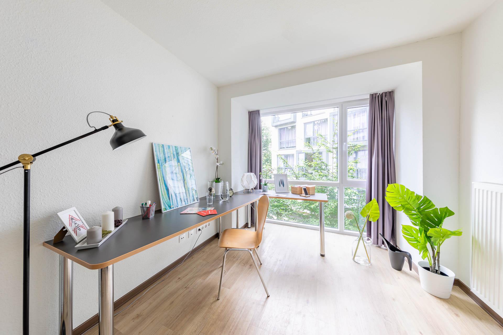 THE FIZZ Bremen Medium - Wohn- & Arbeitsbereich