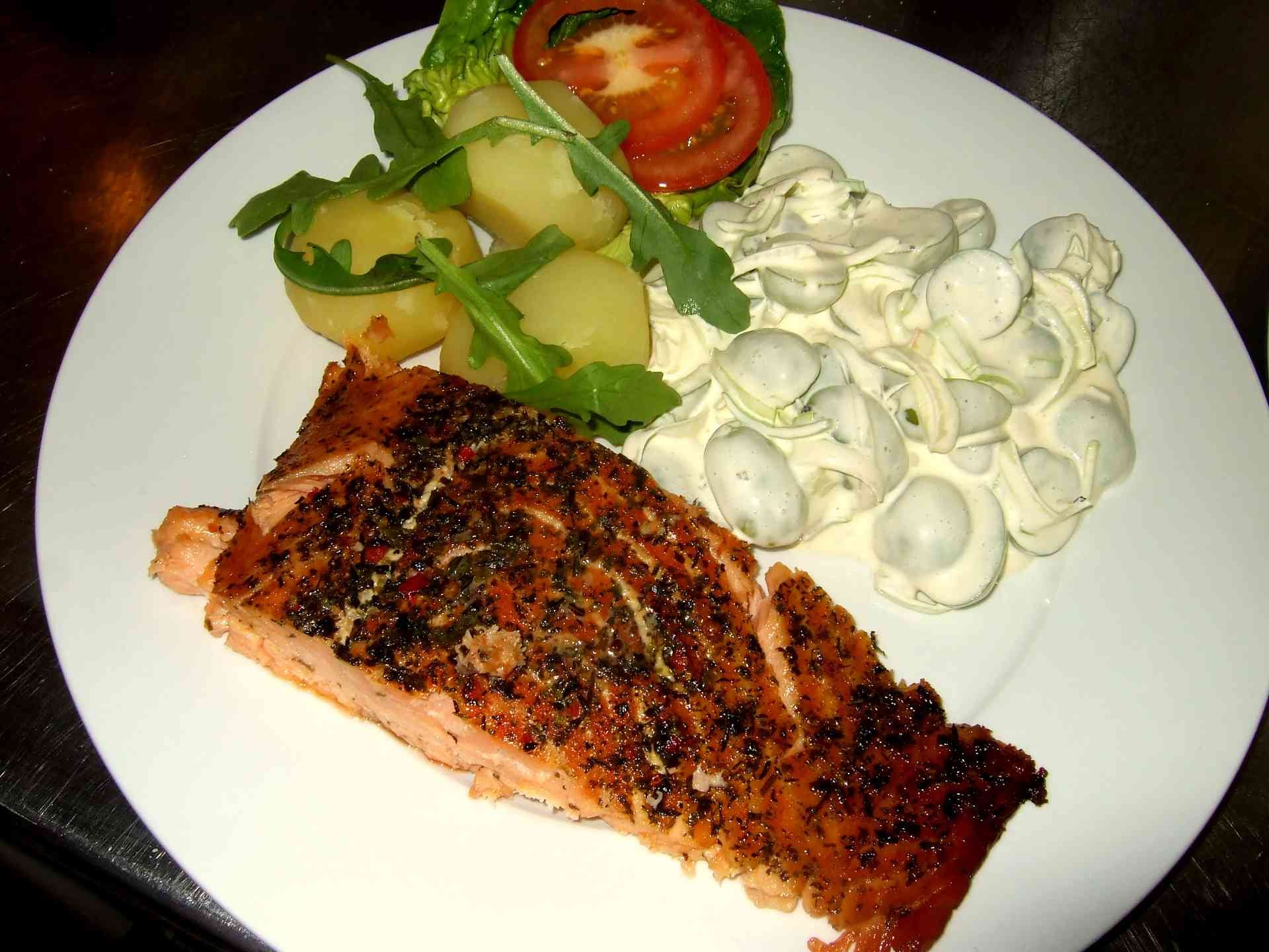 Dining & BBQ