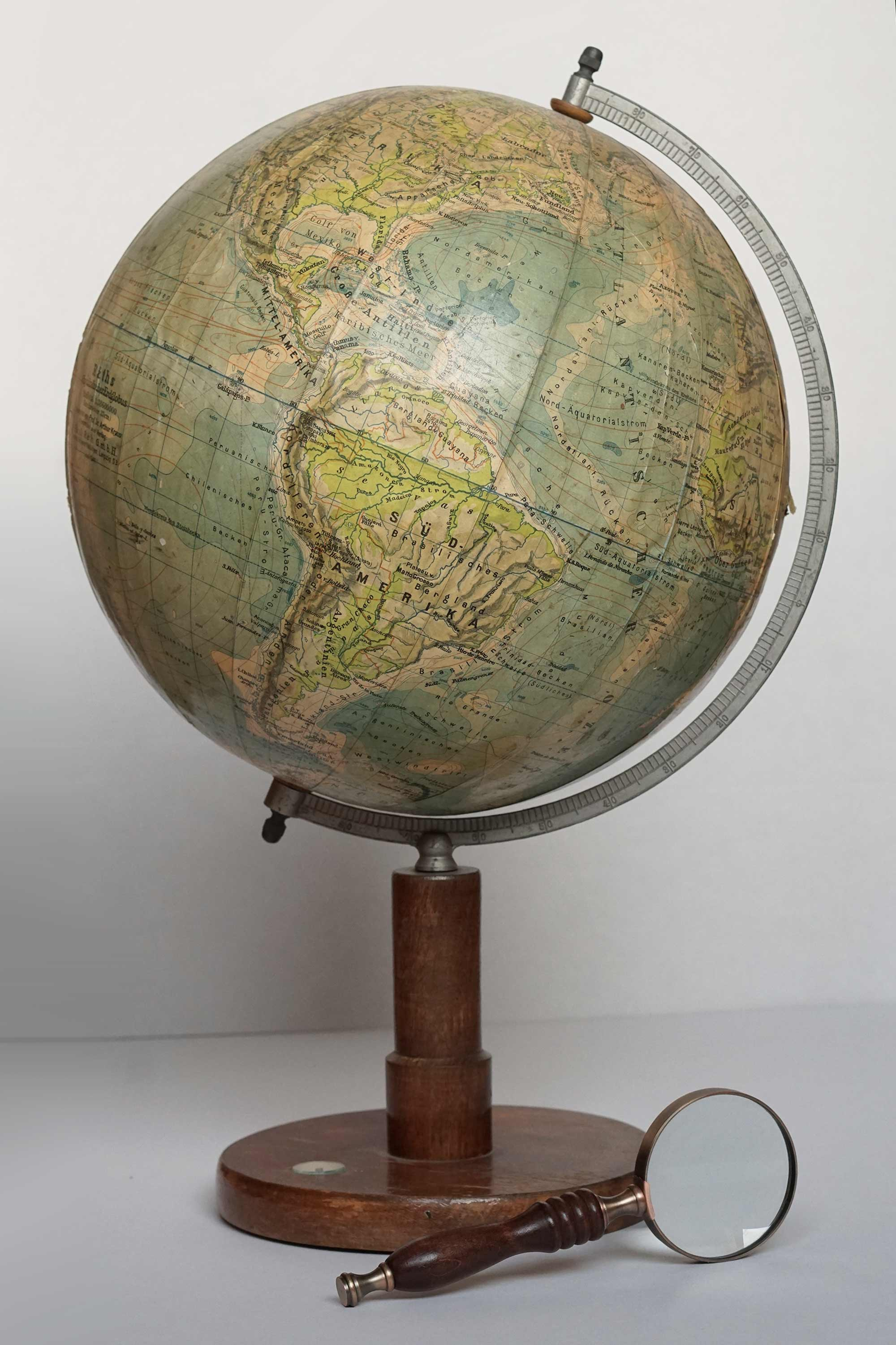 Rare WW2 physical globe by Paul Rath from 1941