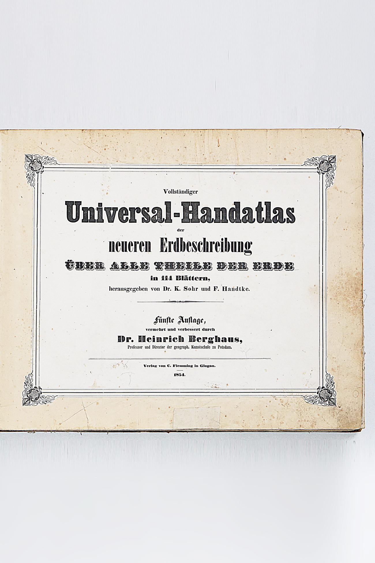 Vollstandiger Universal-Handatlas der Neueren Erdbeschreibung