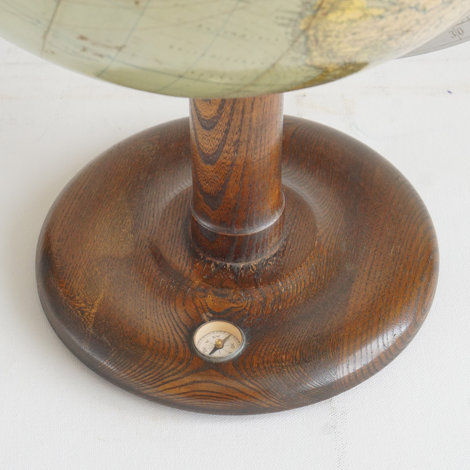 "Extremely detailed mid-WW2 Globe Columbus Erdglobus ""Modell 200"""