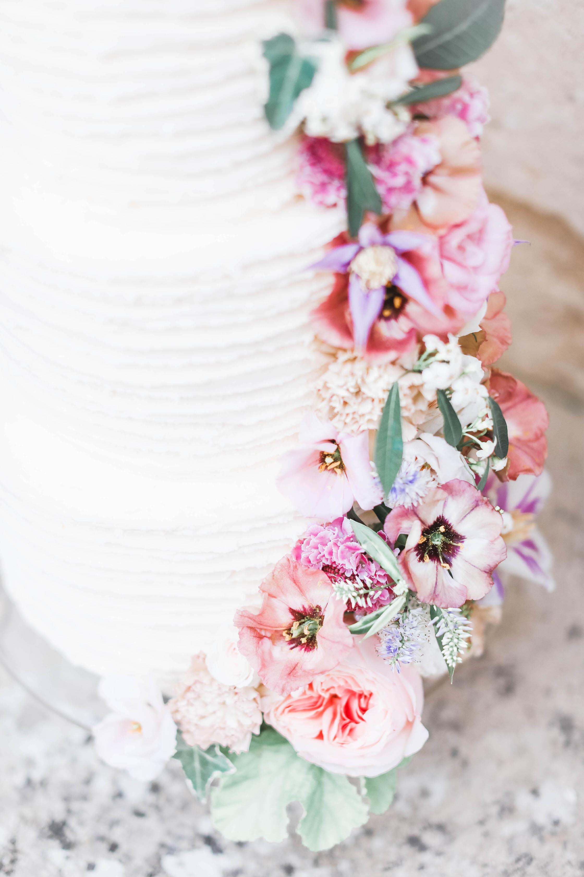 Cake Flowers - Cake Decorations