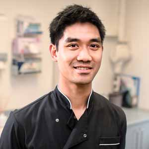 Hawthorn Dentist Dr Aaron Wong