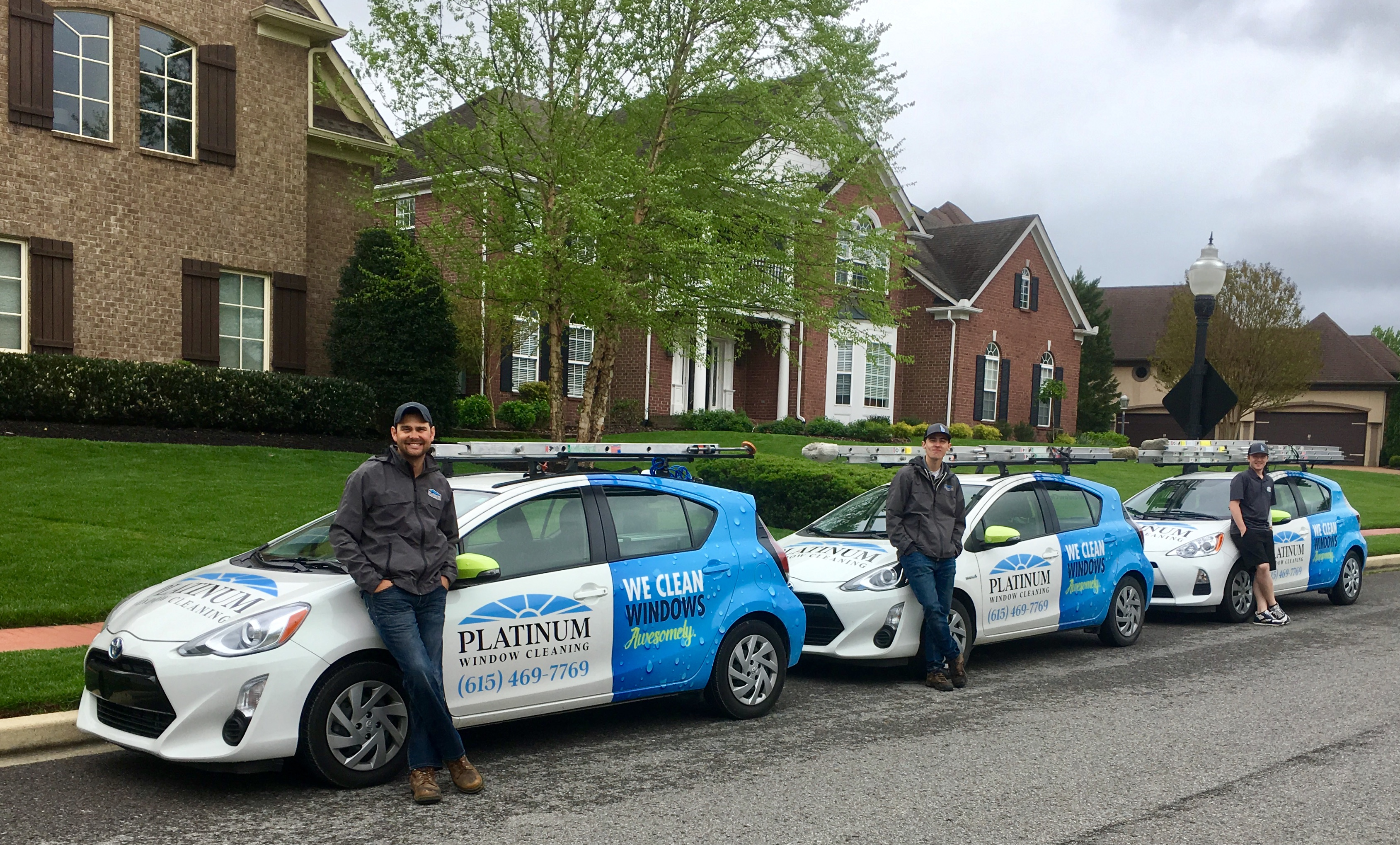 platinum-window-cleaning-experience-technicians