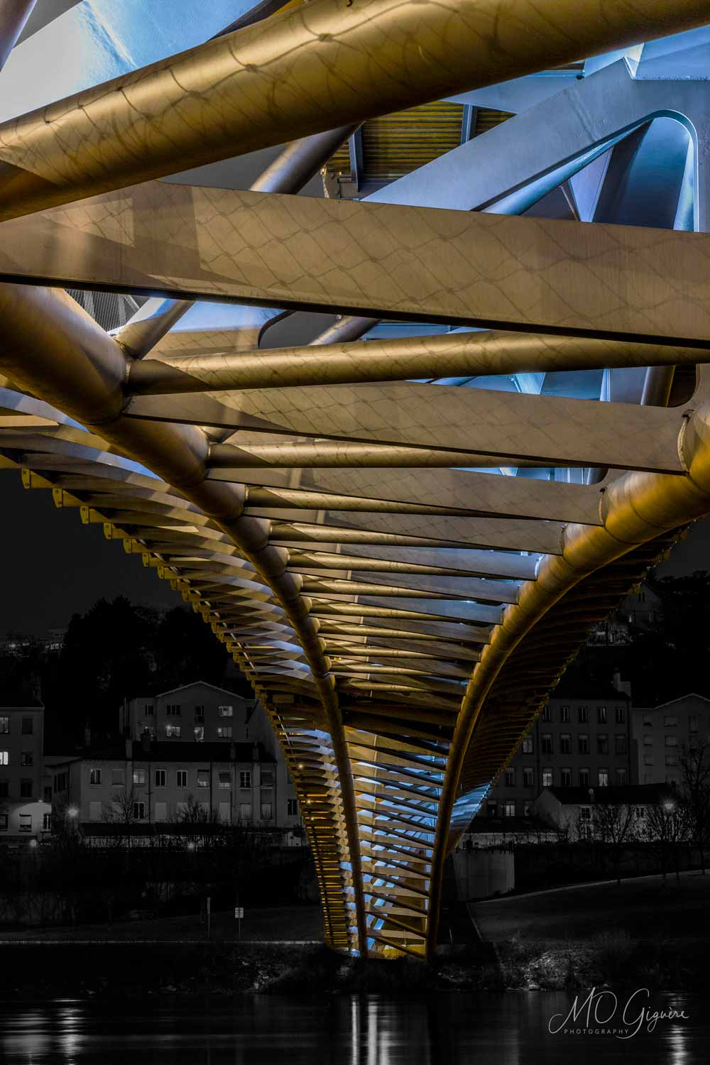 Pedestrian Bridge - Lyon