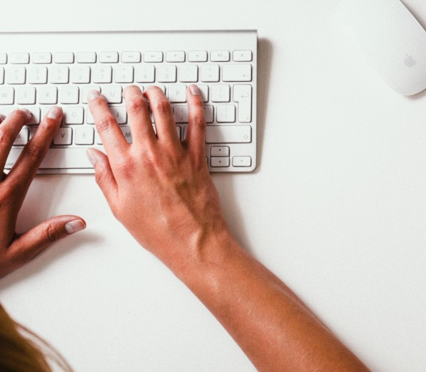 Keyboards contain 3 to 4 times more germs and bacteria than office toilet seat