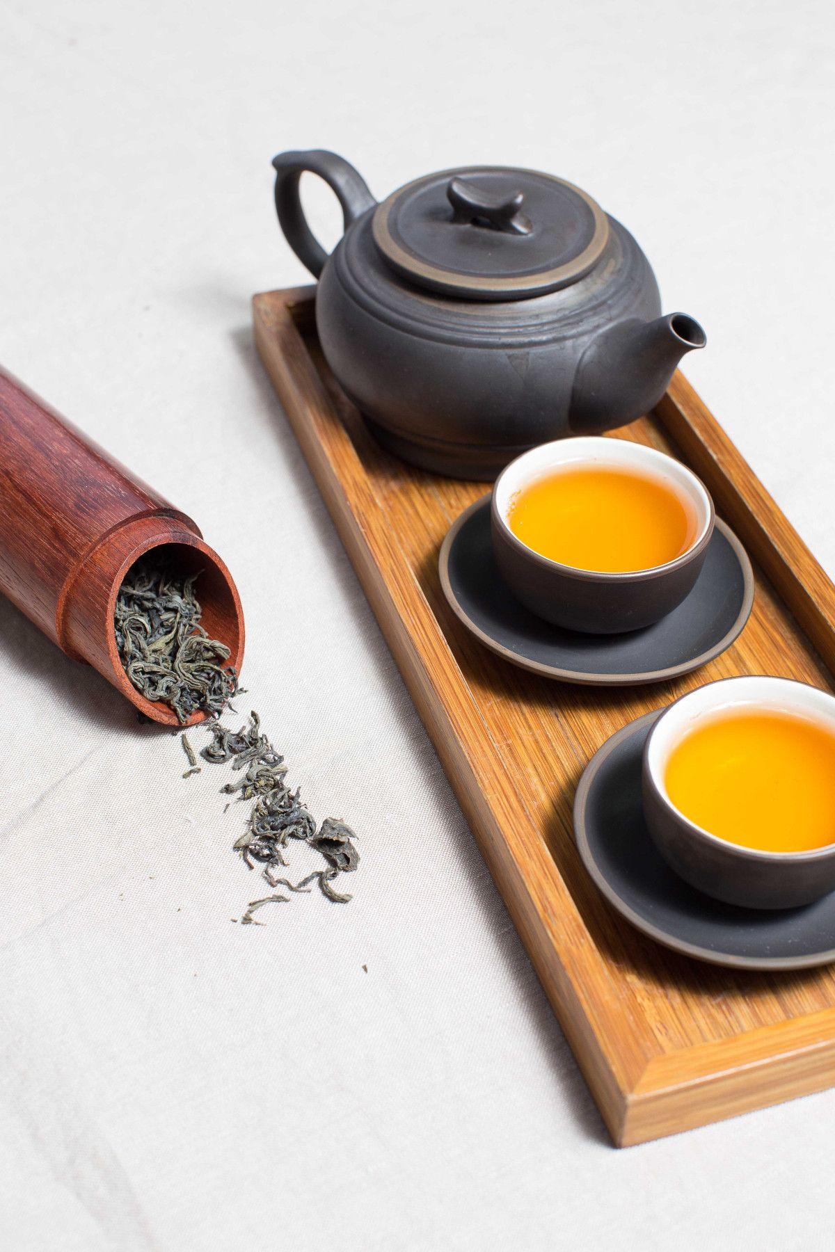 tazas de té blanco