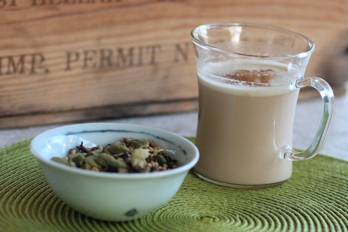 Té chai: cómo las especias potencian los beneficios del té