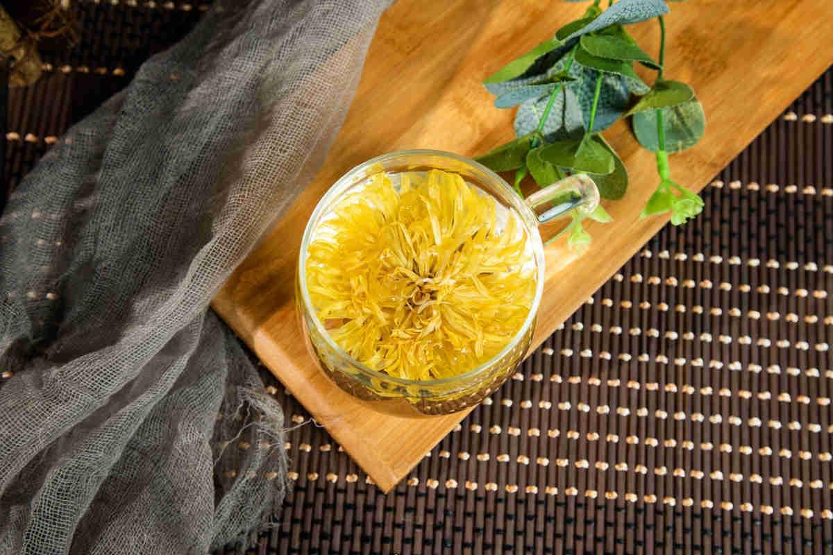 Té de crisantemo: los usos de este remedio chino