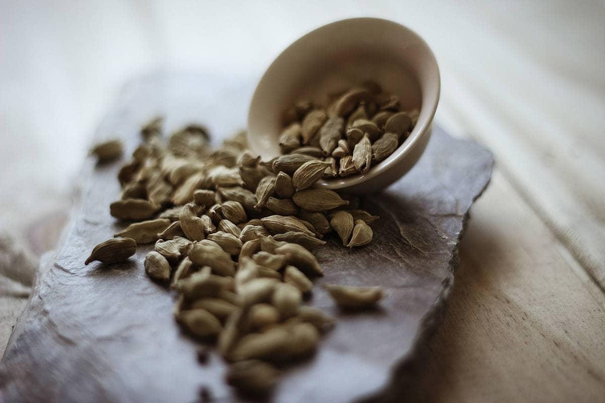 semillas de cardamomo