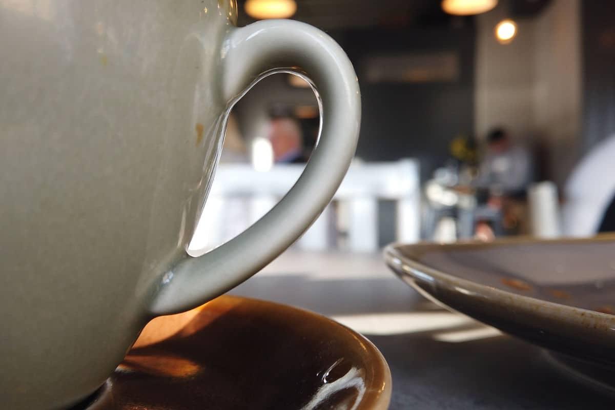 foto en un café