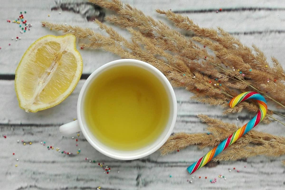 Todo lo bueno del té de limón