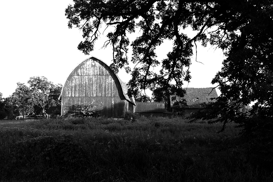 Photo of a Barn seen along the way