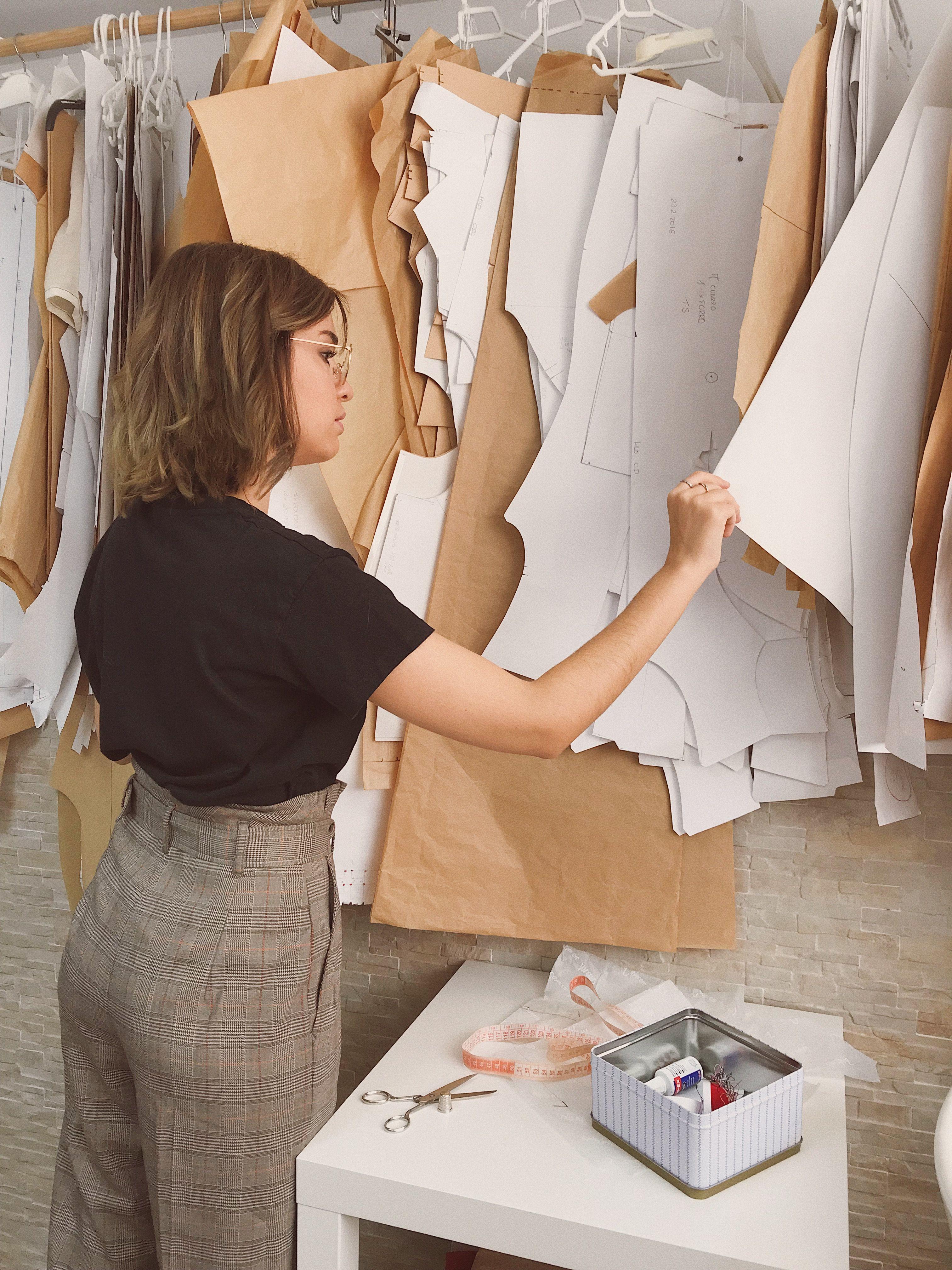 Qual o papel do modelista na confecção?