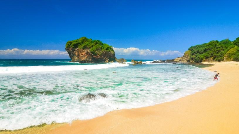 jungwok beach yogyakarta