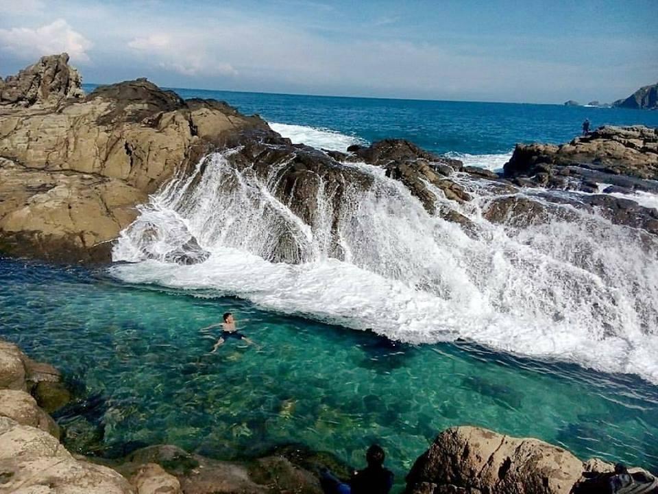 wediombo beach yogyakarta