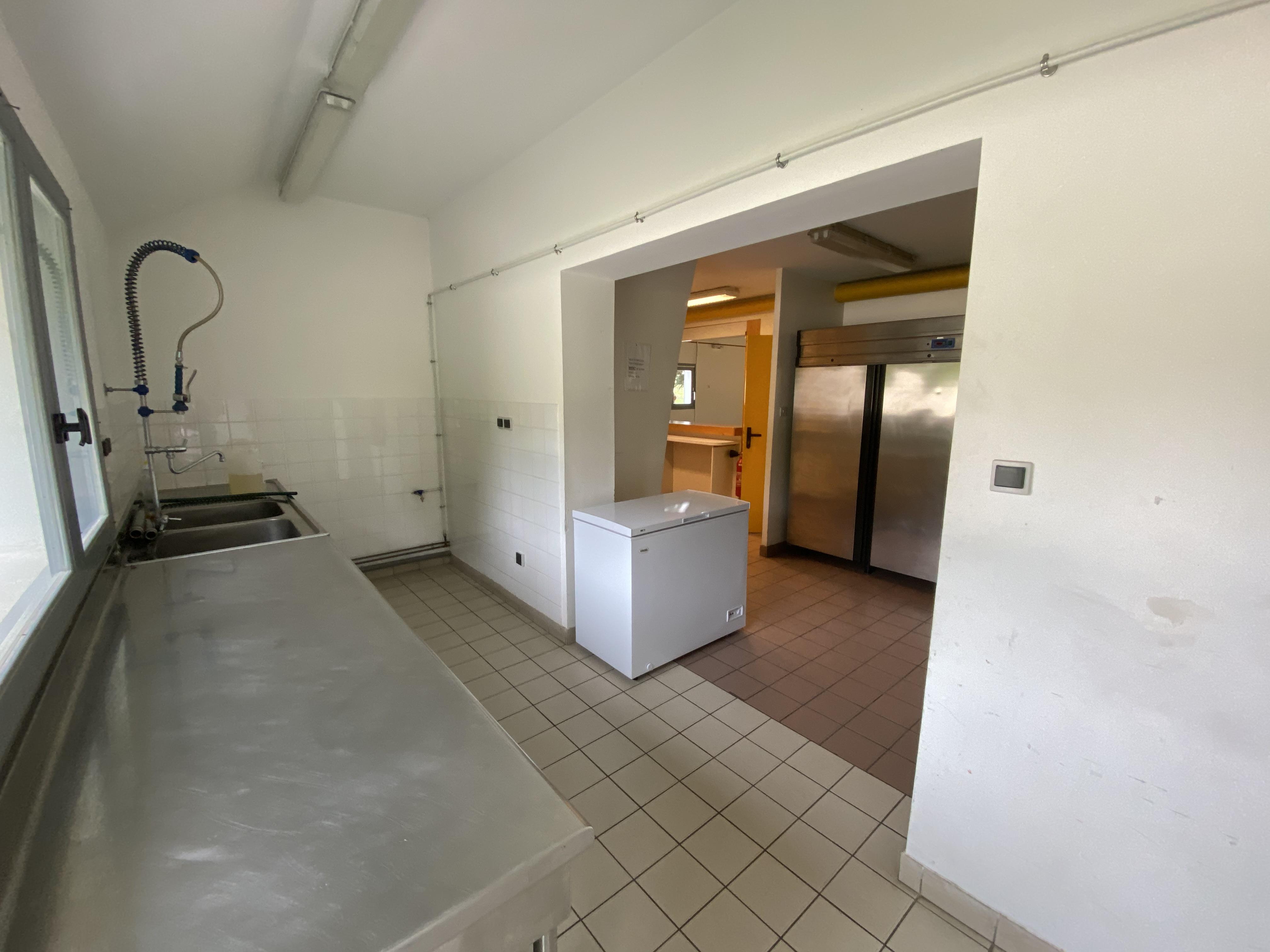 Salle des fêtes cuisine