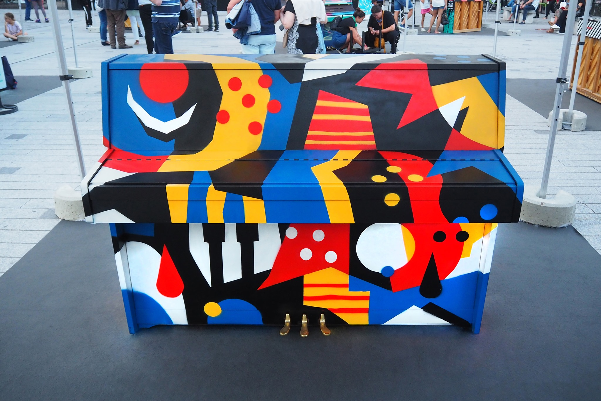 Piano customisé par un street artist