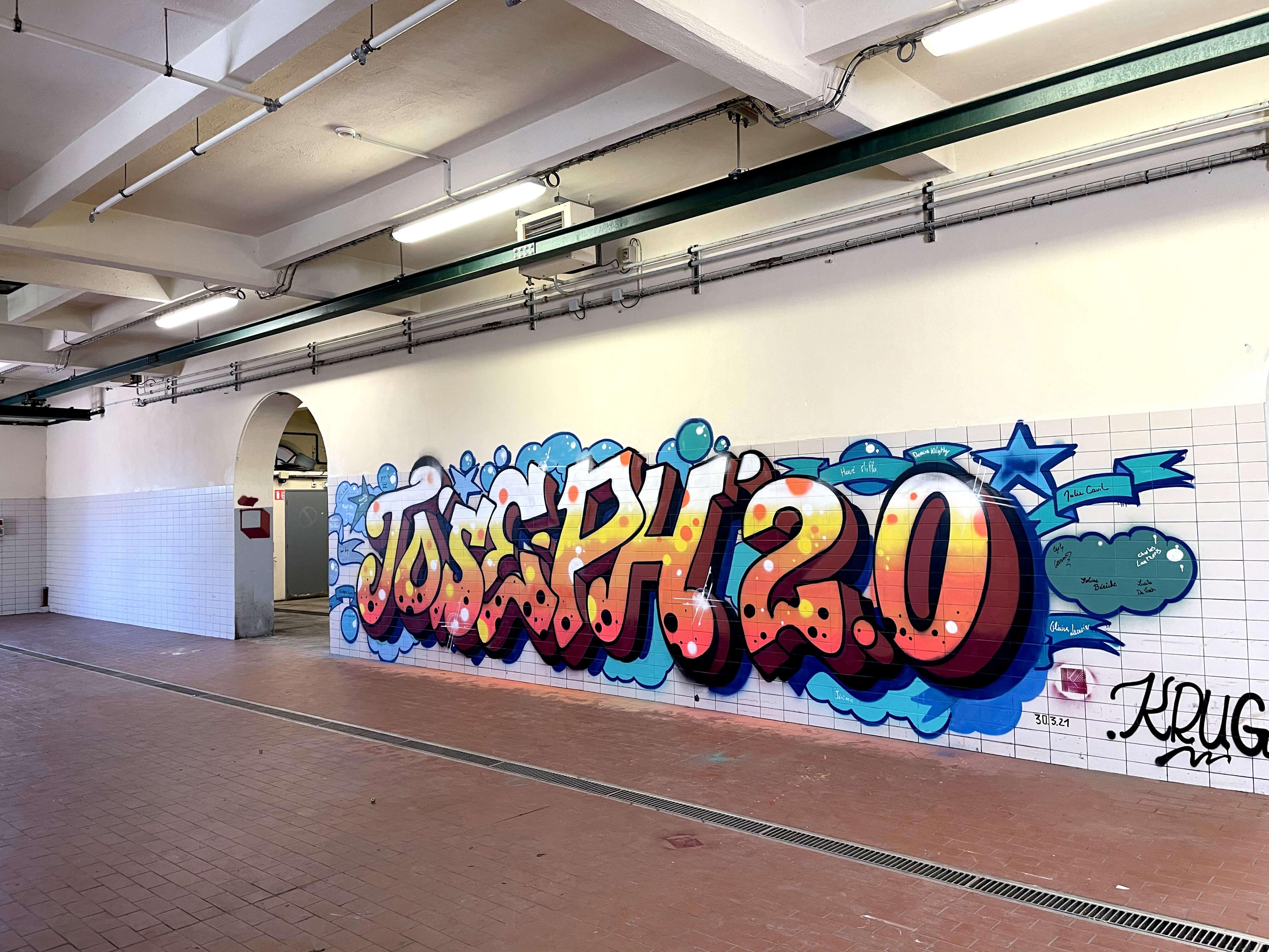 graffiti dans une usine abandonnée