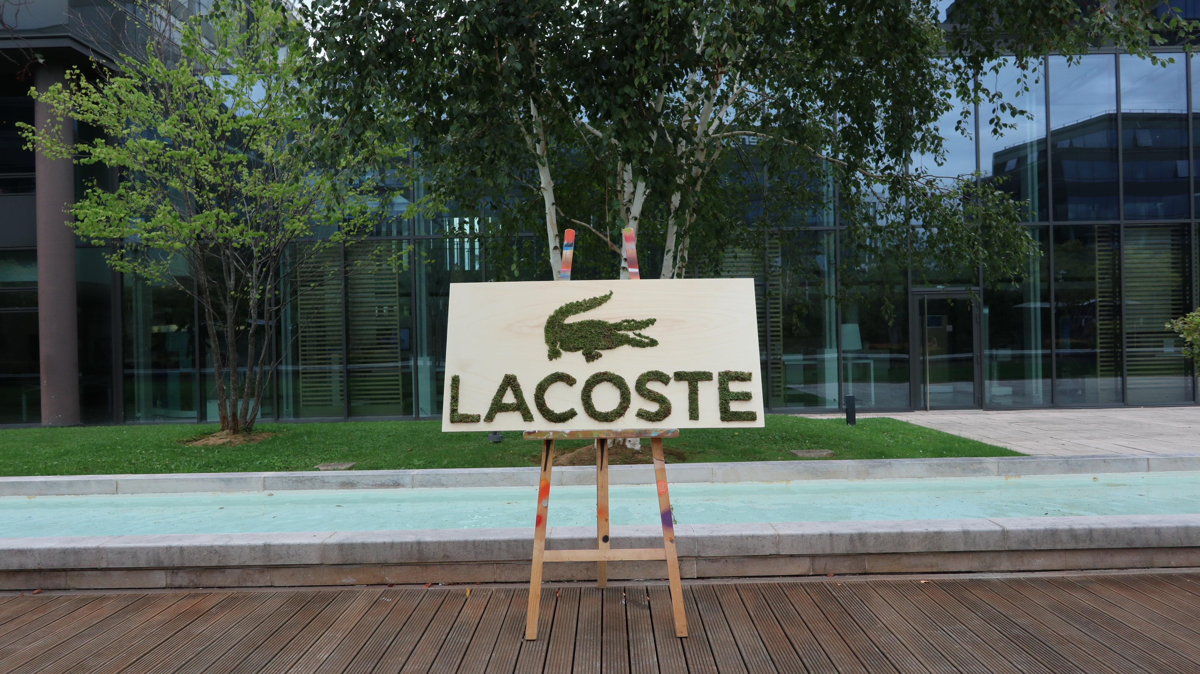 Fresque team building Graffiti Végétal avec LACOSTE