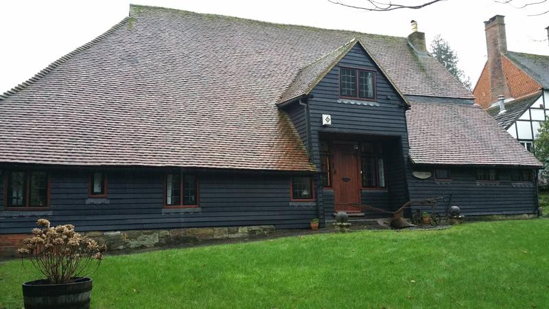 barn with aluminium windows