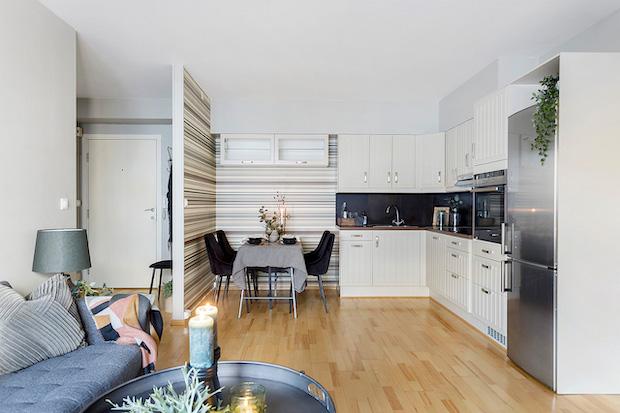 Kjøkken sett fra stue