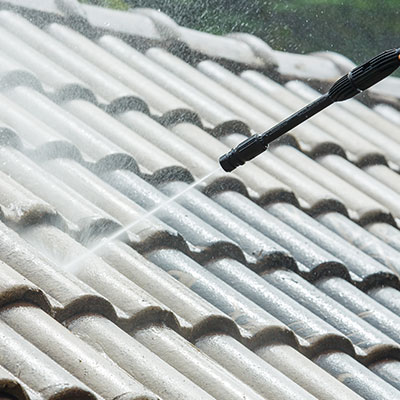 Roof cleaning in Ashburn, VA