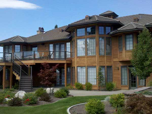 A large two storey house with shining clean windows in Coeur d Alene ID.
