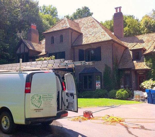 A residential window cleaning job about to take place in Minnesota.