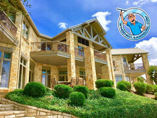 Large home with many wonderfully clean windows in Weatherford Texas.