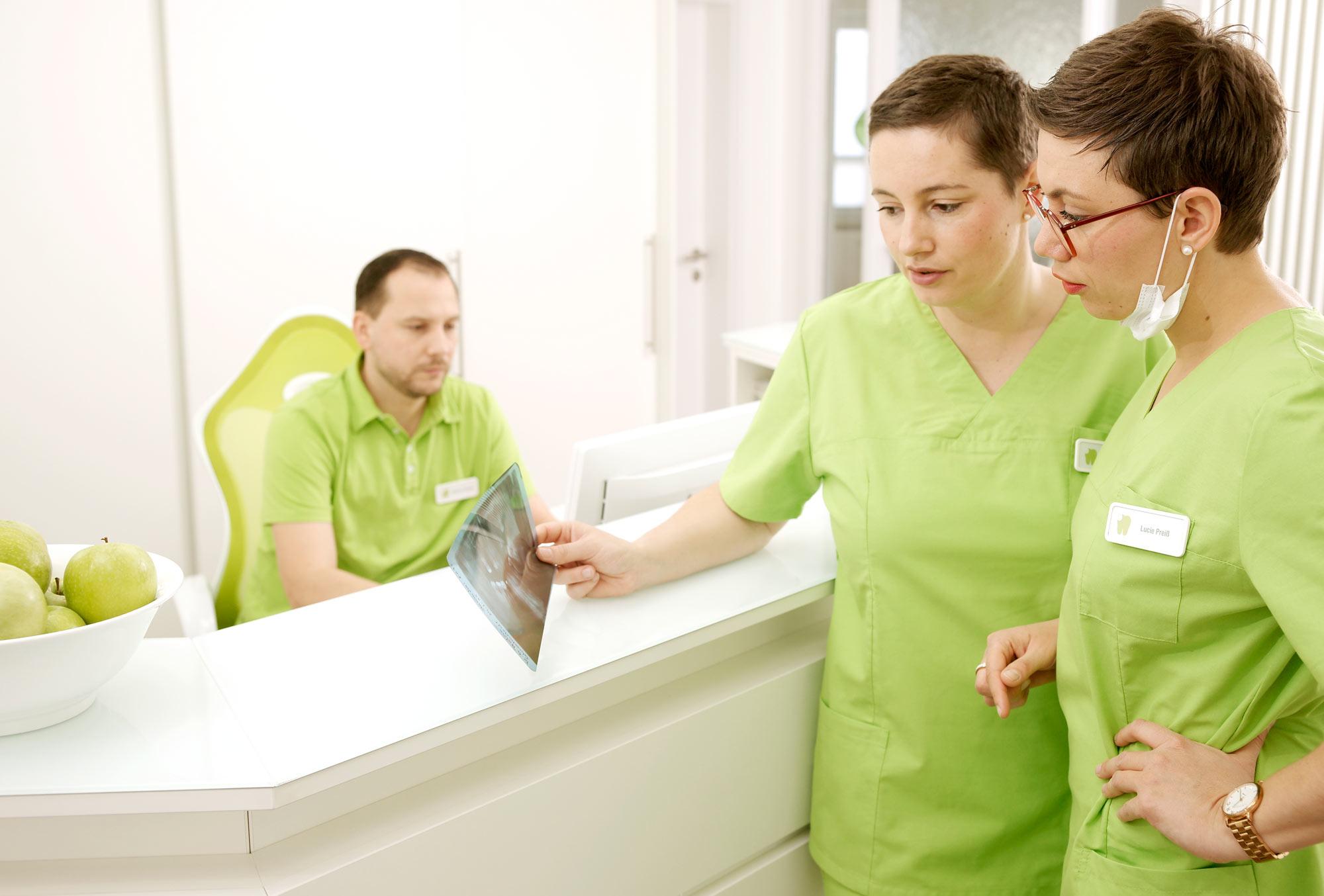 Zahnärztliche Gemeinschaftspraxis Lucie Zacharias & Jenny Stange
