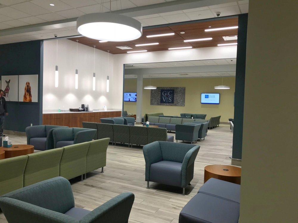 The waiting room at Gulf Coast Veterinary Hospital