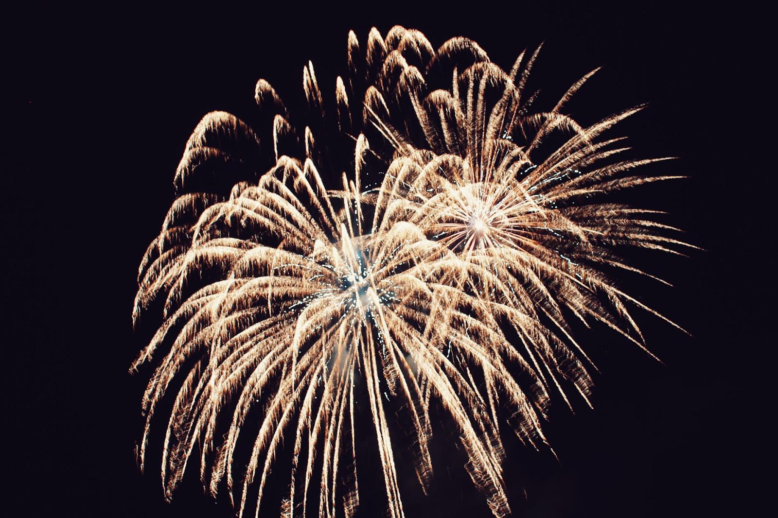 Bright gold fireworks