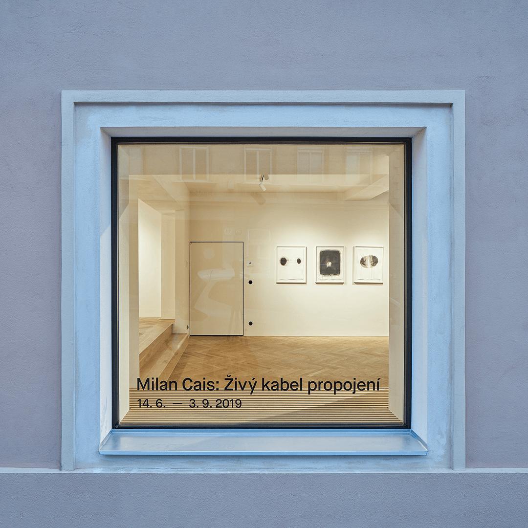levitujici okno do Galerie a Prostoru